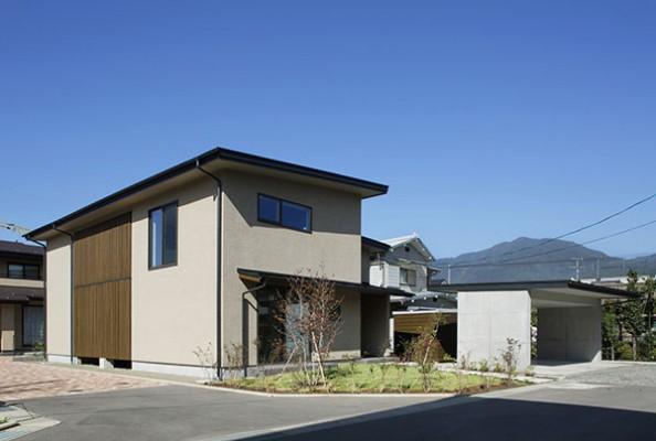 格子のコートハウスS邸-1